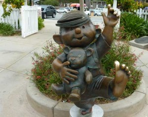 Statue of Dennis the Menace at Entrance